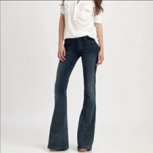 Nwot Goldsign sissi super soft jeans flare leg